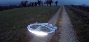 millennium-falcon-drone-star-wars-520x245
